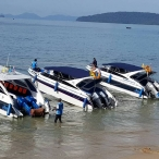picture of speedboats for private rent at ao nang beach